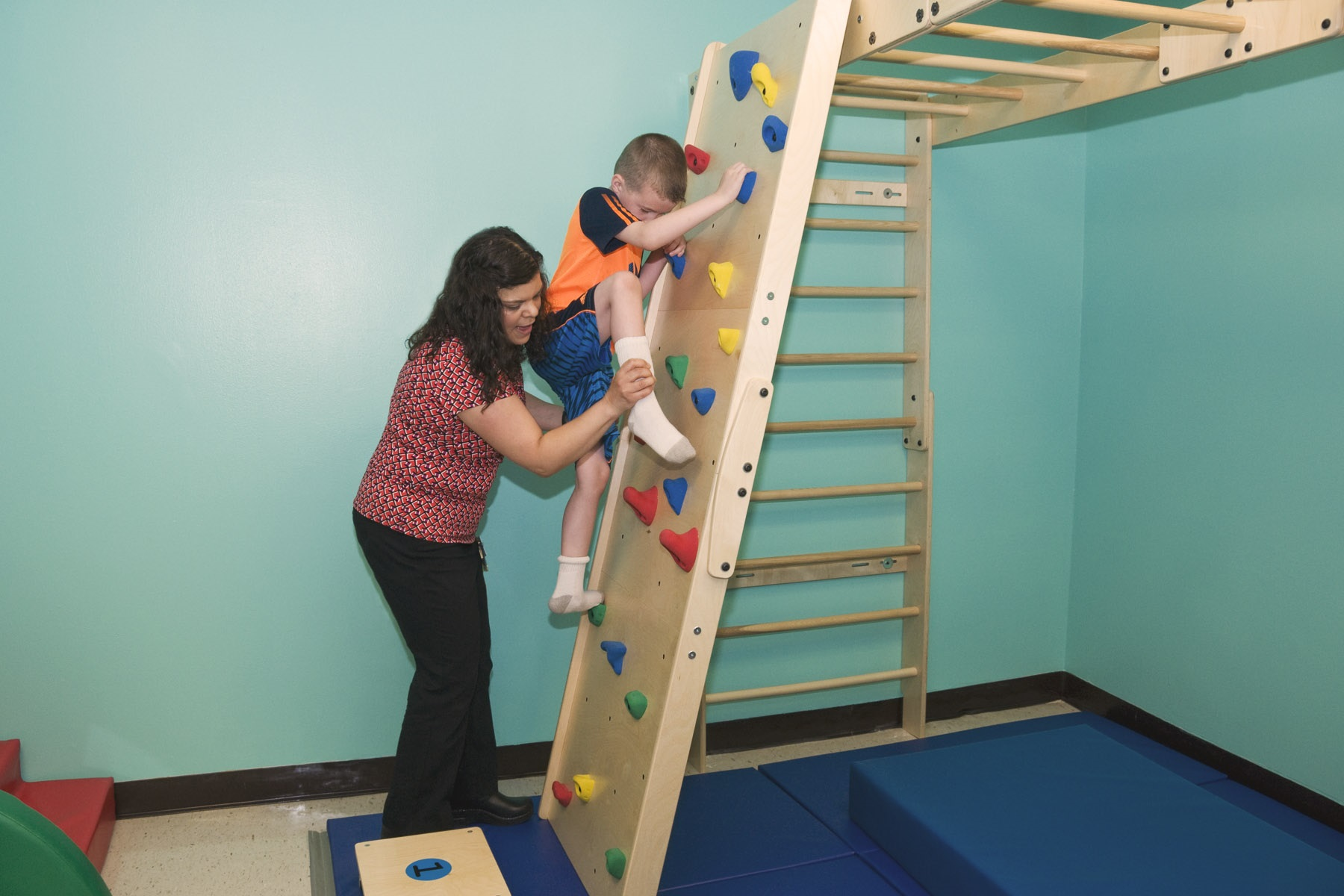 pediatric-therapeutic-indoor-playground